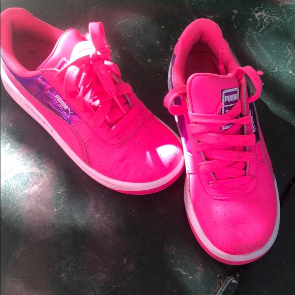 Puma Shoes | Girl Pink And Purple Sz3